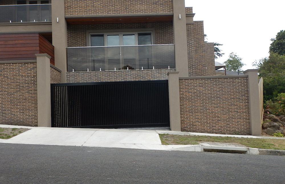 Slide gate 3