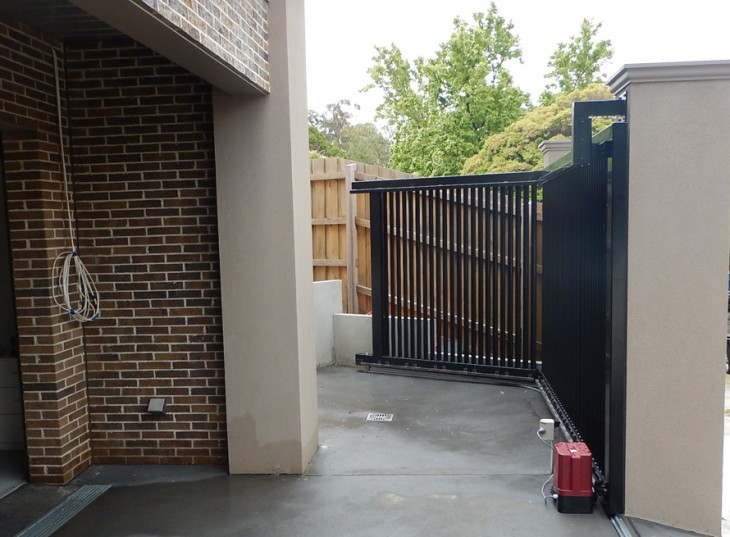 Turning Sliding Gate System | Melbourne | The Sidturn | Sidcon Fabrications