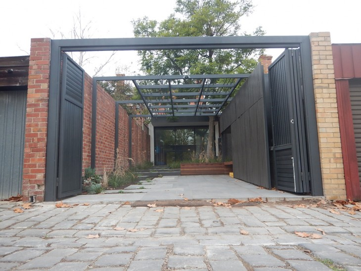 Bi Fold Gates Melbourne | Sidcon Fabrications