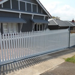 Floor Track Sliding Gates Melbourne | Sidcon Fabrications