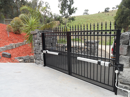 Swinging Gates | Melbourne | Sidcon Fabrications