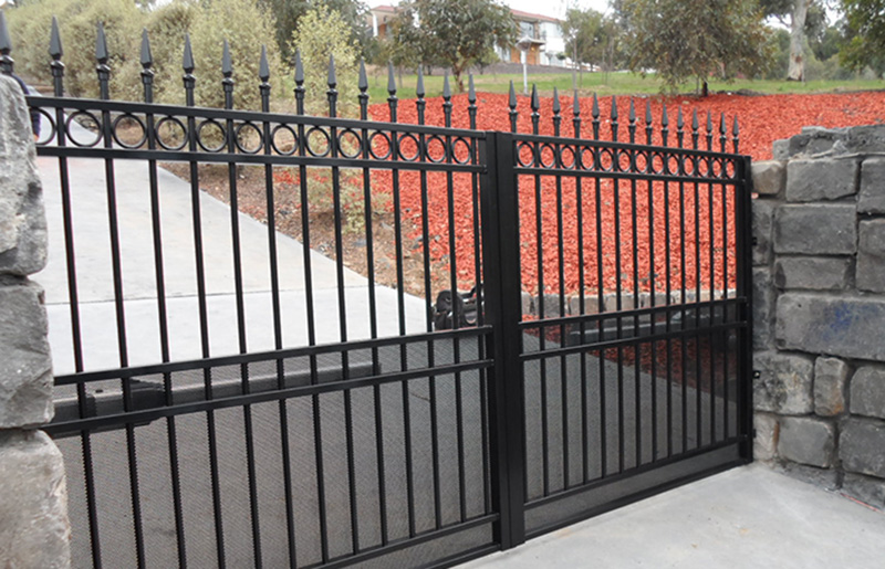 Swinging Gates Melbourne | Sidcon Fabrications