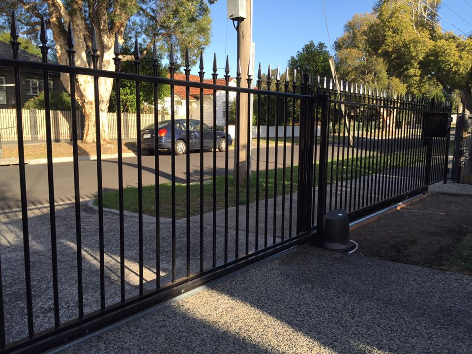 Slimline Automated Sliding Gate | Cheltenham, Melbourne | Sidcon Fabrications