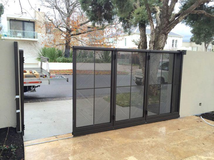 Sliding Driveway Gate Brighton | Sidturn Installation | Melbourne