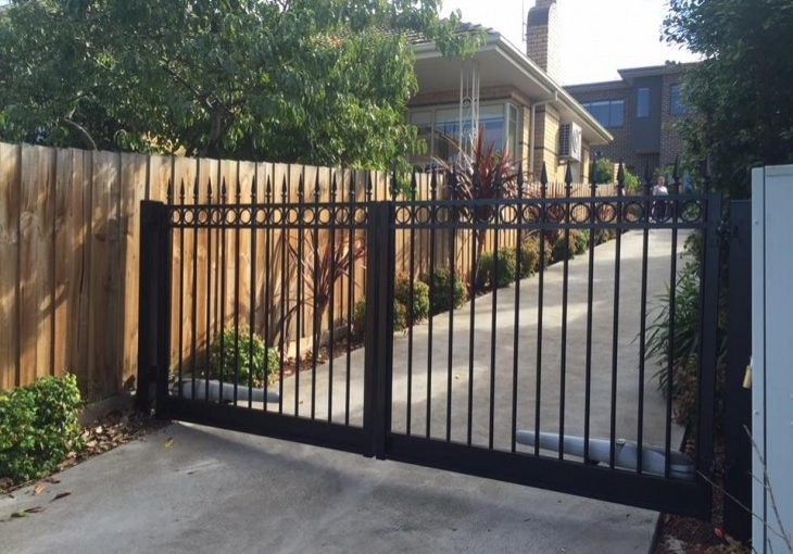 Fixing an Automated Swinging Driveway Gate | Melbourne | Coburg | Sidcon Fabrications